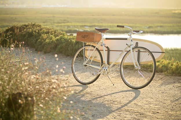 Retro and Cool Bike, The Almond X Linus Summer Edition bike 1