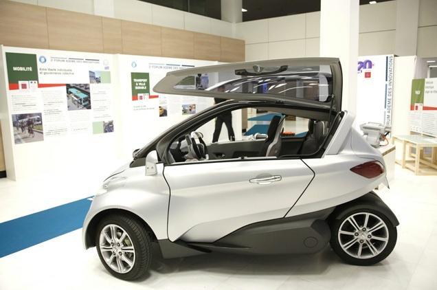 Peugeot Citroen Futuristic VELV Electric Concept Car 5