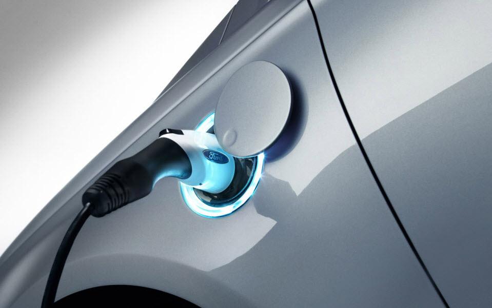 2013 Ford Fusion Energi Plug In Hybrid Sedan 3