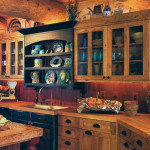 Natural Warm Kitchen with Pine Cabinetry_1