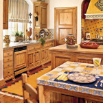 Natural Warm Kitchen with Pine Cabinetry_3