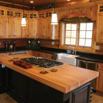 Natural Warm Kitchen with Pine Cabinetry_6